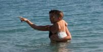KÖPEK - Antalya'da 200 Metre Arayla Kar Ve Deniz Keyfi