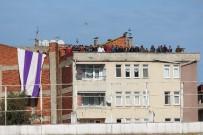 ORDUSPOR - Cezalı Taraftarlar Maçı Çatıdan İzledi