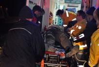 DİREKSİYON - Direğe Çarpan Kamyonet Sürücüsü Öldü