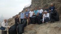 PEYGAMBER - Düzceli Umrecilerden Nur Dağı'nda Temizlik Seferberliği