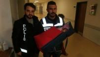 ŞÜPHELİ PAKET - Şüpheli Paket İhbarında 20 Günlük Bebek Çıktı