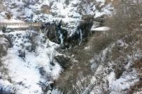 ŞELALE - Tomara Şelalesinde Kış Güzelliği
