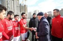 ALTıNOK ÖZ - Başkan Altınok Öz Şampiyonlara Kupa Verdi