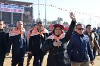 ÖZLEM ÇERÇIOĞLU - Başkan Çerçioğlu Atça Deve Güreşlerine Katıldı