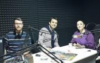 BELKIS AKKALE - Belkıs Akkale, Radyo Mutlu'da Salih Demirci'nin Konuğu Oldu