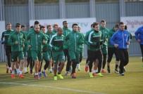 TOMAS SIVOK - Bursaspor'u Tunahan Akdoğan Çalıştırdı