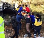 SITKI KOÇMAN ÜNİVERSİTESİ - Freni Patlayan Otomobil Şarampole Uçtu Açıklaması 6 Yaralı