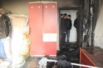 YANGINA MÜDAHALE - Hakkari'de Korkutan Yangın