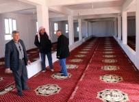 YARıMCA - Harran Belediyesinden Cami Ve Taziye Evlerine Halı Desteği