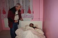 YAŞAM MÜCADELESİ - Hasta Ve Mağdur Vatandaşa Yardım