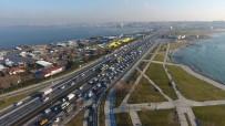 YOL ÇALIŞMASI - İstanbul'da 'Bakım Çalışması' Trafiği