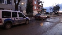 SAUNA - İstanbul'da Bir Kişi Aracında İntihar Etti