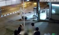 DİREKSİYON - Korkunç Motosiklet Kazası Kamerada