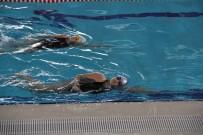 Minik Yüzücüler Turnuvaya İddialı Hazırlanıyor