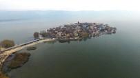 ARKEOLOJİK KAZI - 2400 Yıllık Gölyazı Turizm Merkezi Oluyor