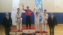Soma Sotesli İki Taekwondocu Yarı Finalde