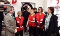 AHMET MISBAH DEMIRCAN - Türk Kızılayı Sevgi Mağazası Beyoğlu'nda Açıldı
