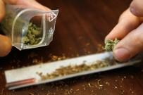 YASA TEKLİFİ - Alman Okulları Uyuşturucu Batağında
