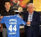 TUNAHAN EFENDİOĞLU - Belediye Başkanından Kaymakam'a Girmanaspor Forması