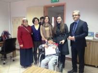 NUH ÇIMENTO - Belediyeden Engelli Öğrenciye Tekerlekli Sandalye Sürprizi