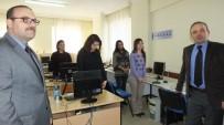 Burhaniye' De Kaymakam Öner Halk Eğitimi Merkezini Ziyaret Etti