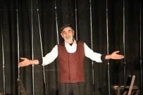 TURGAY TANÜLKÜ - Mahkumlara Tiyatro Oyunu