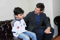 KUŞ YUVASI - Milli Futbolcu Emre Belözoğlu, Engelli Sporcularla Buluştu