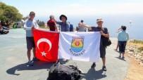 HALIL İBRAHIM UZUN - Tarsuslu Paraşütçüler Güney Afrika'da Yarışıyor