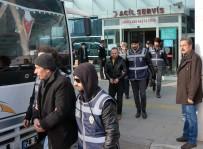 YAKALAMA EMRİ - Terör Örgütü Operasyonları Sürüyor