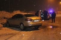 ARAÇ KULLANMAK - 16 Yaşındaki Sürücü Polisten Kaçarken Kaza Yaptı