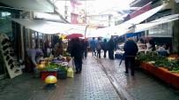 SAĞANAK YAĞMUR - Aydın'da Yağış Pazarcı Esnafına Tezgah Açtırmadı