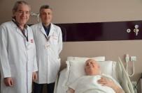 RADYOTERAPİ - Bacağından 25 Cm Boyunda, 8 Cm Eninde Kitle Çıkartıldı