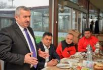 METİN ÖZKAN - Başkan Baran, Körfez Gençlerbirliği U15 Futbol Takımıyla Buluştu