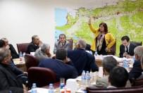 ÖZLEM ÇERÇIOĞLU - Başkan Çerçioğlu, Karacasu Ve Sultanhisarlı Muhtarlarla Bir Araya Geldi