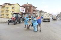 Isparta'da 44 Mahallede Kar Sonrası Temizlik Seferberliği