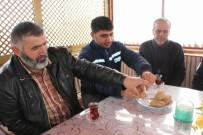 TRAFİK MÜDÜRLÜĞÜ - Sivas'ta Polisten Sürücülere 'Patates İkramı'