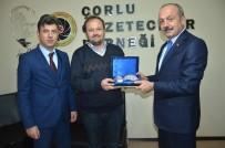 MUSTAFA AYDıN - Tekirdağ İl Emniyet Müdürü Aydın'dan Çorlu Gazeteciler Derneği'ne Ziyaret