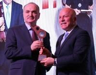 MEDYA ÖDÜLLERİ - Başkan Sekmen 'Yılın Belediye Başkanı' Seçildi