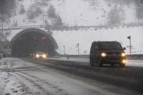 KARANLıKDERE - Bolu Dağı'nda Yoğun Kar Yağışı