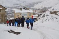 DAĞCI GRUBU - Dağcılardan Vatan Tepesi'ne Zorlu Tırmanış