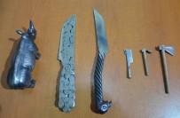 DEMIRCILIK - Demirci Ustasından Minyatür Savunma Silahları