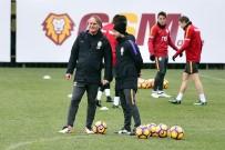 FLORYA - Galatasaray Hazırlıklarını Sürdürüyor