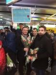 NÜRNBERG - Mehmet Ali Sarı Öğrencilerini Umreye Götürdü