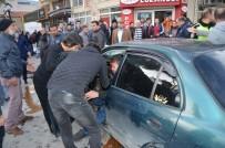 LOZAN - Milas'ta İki Otomobil Çarpıştı Açıklaması 2 Yaralı