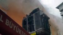 OKMEYDANı - Şişli'deki Yangında Çocuklar Mahsur Kaldı