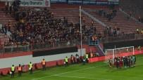 KORAY GENÇERLER - Trabzon Avni Aker'e galibiyetle veda etti
