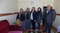 Vali Aykut Pekmez'in Eşi Yeşim Pekmez Şehit Ailelerini Ziyaret Ediyor