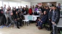HASAN AKGÜN - Başkan Akgün'den Büyükçekmece Tepecikspor'a Tam Destek