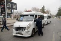 SEZAI KARAKOÇ - Büyükşehir Belediyesi'nden 300 Minibüse Denetim