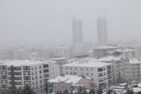 Elazığ'da 383 Köy Yolu Kapandı